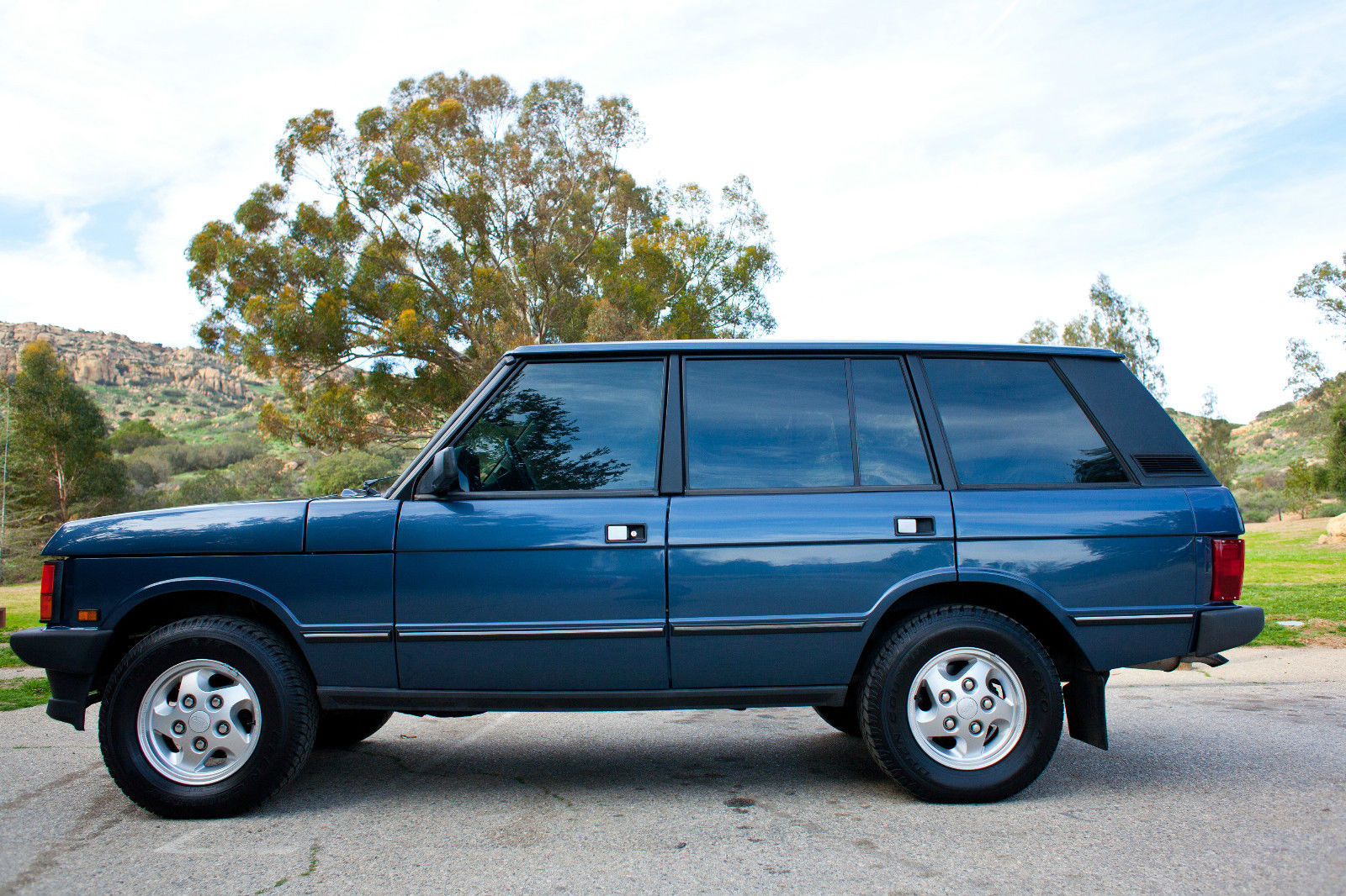 spotted 1995 range rover classic lwb west county explorers club. Black Bedroom Furniture Sets. Home Design Ideas